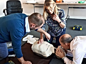 Emergency First aid training BLS
