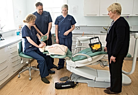 Dental staff CPD medical Emergency training at Sussex First Aid Courses