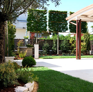 realizzazione piccolo giardino privato