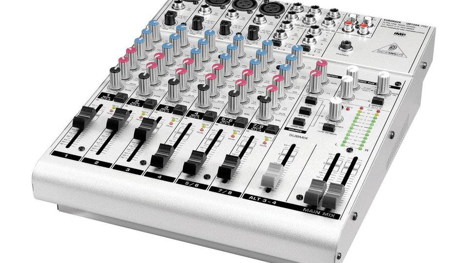 Behringer Eurorack UB1204-PRO 12-Channel Mixer