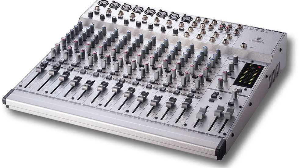 Behringer Eurorack MX2004A 16-Channel Mixer
