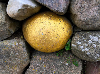 stone-2838013.jpg