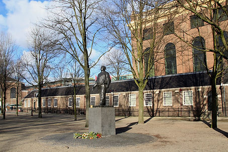 Anne Frank & The Jewish History of Amsterdam Walking Tour