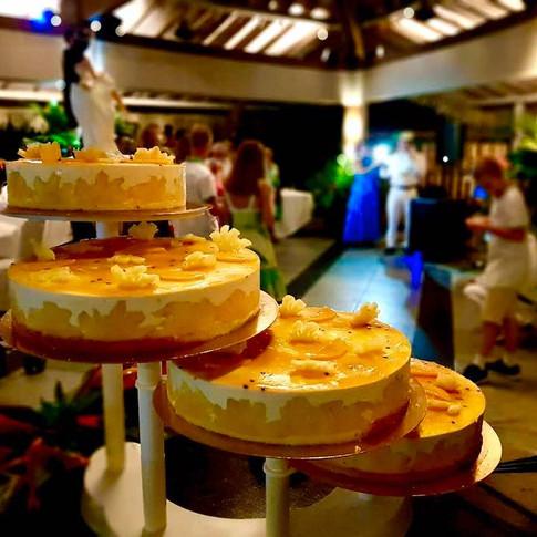 Gâteau de Mariage Tropical