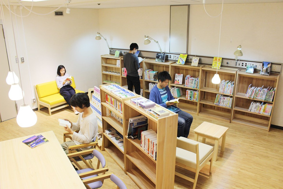 患者図書室「桐の葉文庫」
