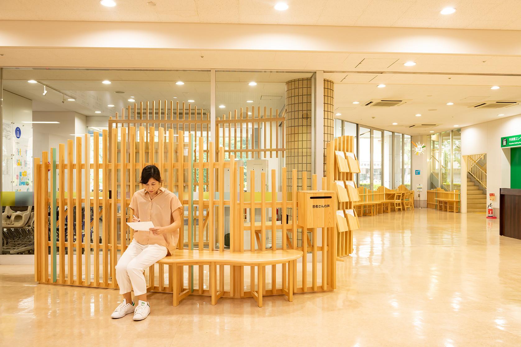 エントランスの改修「病院の顔づくりプロジェクト」/adpチームパプリカ