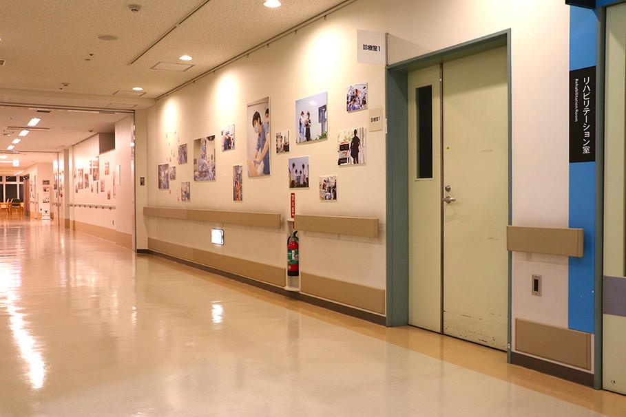 写真展「病院のまなざし」