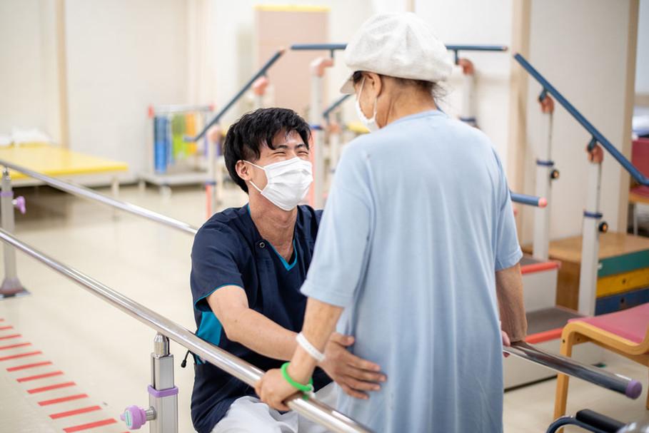 病院のまなざし 2.治療を支える/撮影:石附雅代