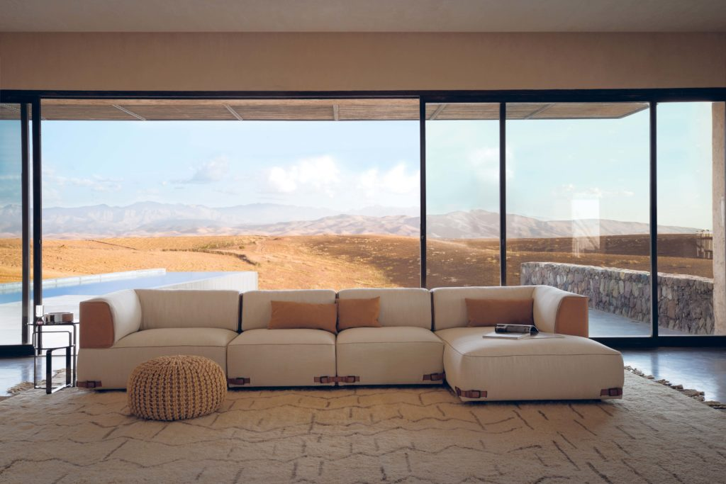 Fendi-Casa-Soho-sofa-Ad-2-1024x683