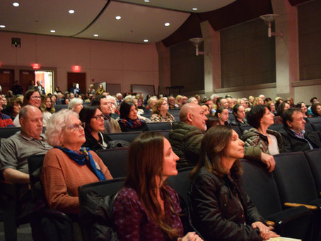 Book Lovers Pack the House for      Mary Calvi Author Talk
