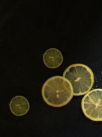 Vinarstvo Avguštin cut lemons