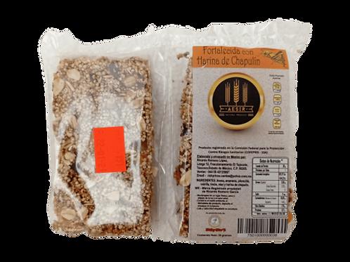 Barra energética con frutos secos y con harina de chapulín