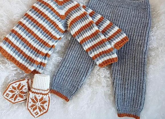 Anna genser og Ebba bukse