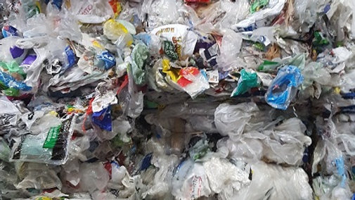Offer RR4101A 80,000 lbs HDPE/LDPE Grocery Bags FAS Montreal Rail, looking for o
