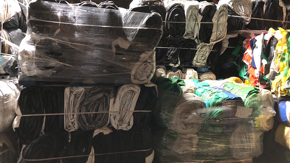 RR3897A 210,000 lbs HDPE woven with thin coating LLDPE rolled up on pallets