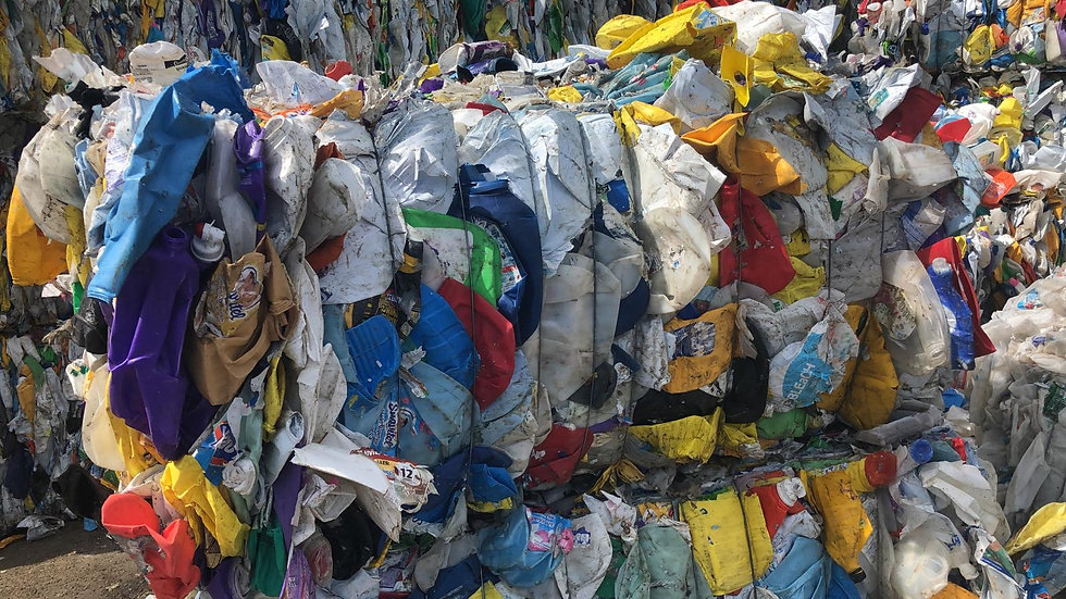 RR3954E 40,000 lbs HDPE mix color bottles in bales available.