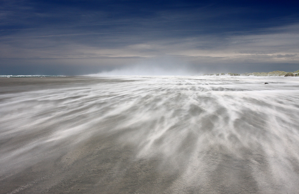 Image of a wide windswept beach