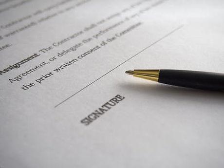 contract_pen.jpeg