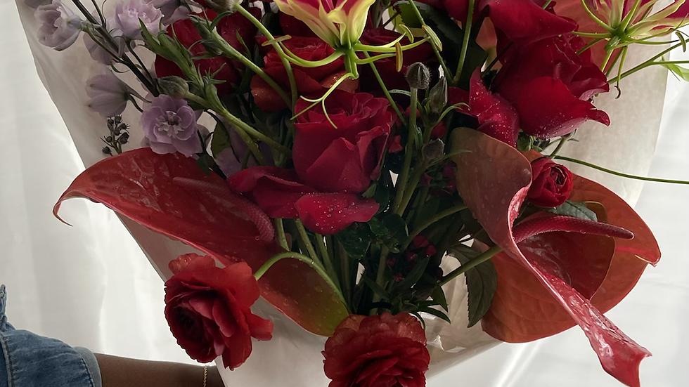 Kanku seasonal Bouquet - red edition