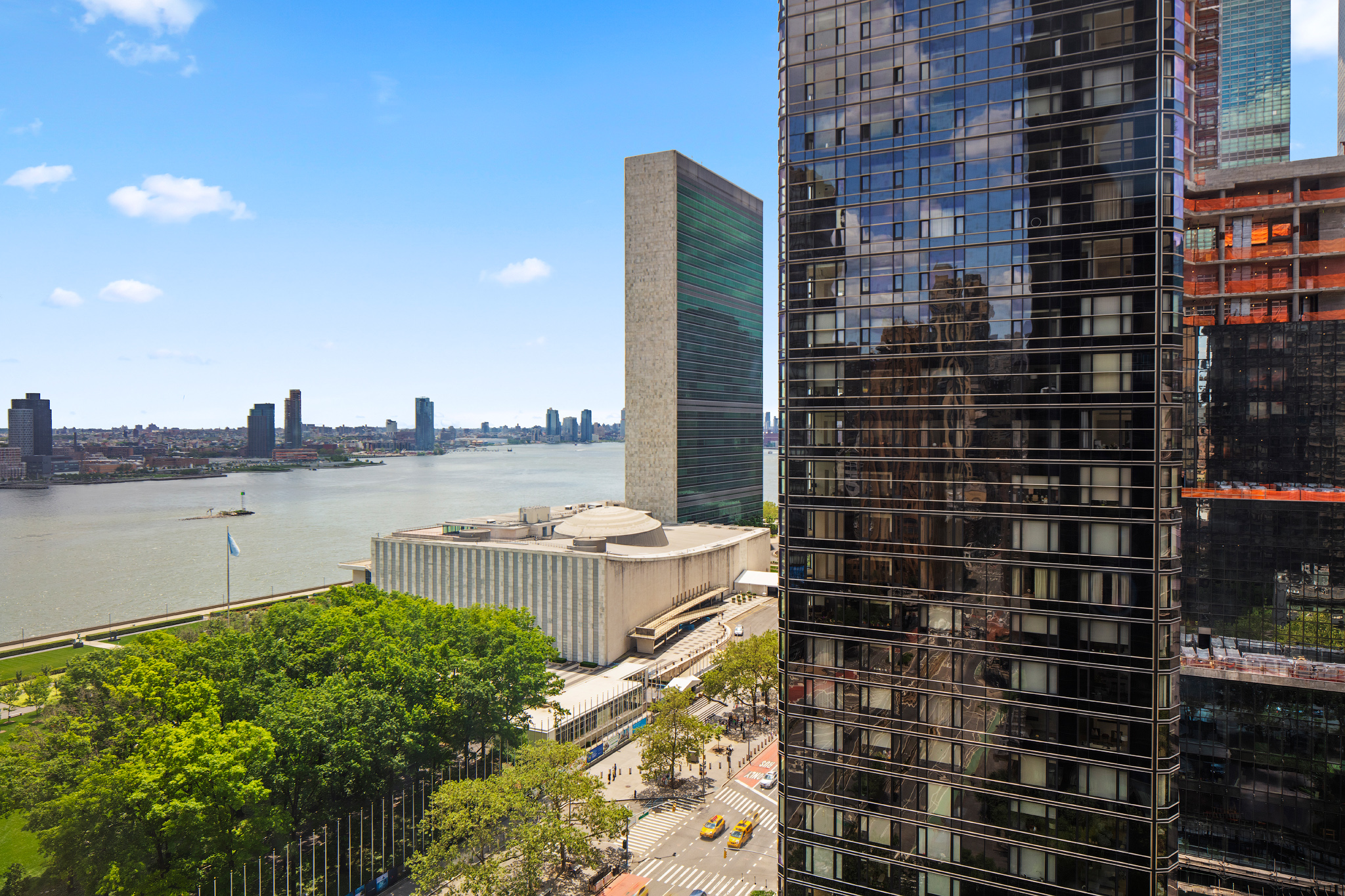 845 United Nations Plaza, Apt. 19E