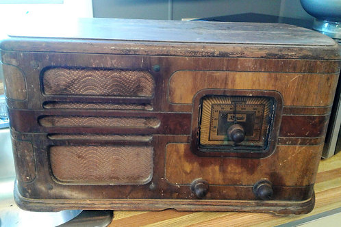 Old Electrohome Tube Radio