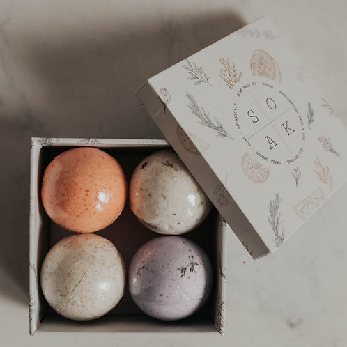 CK Soak Bath Co Bath Bomb Gift Set