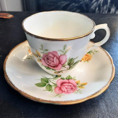 Jason Bone China Tea Cup J690