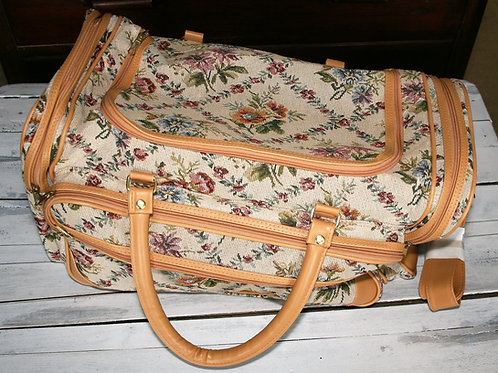 Overnight Tapestry Bag & Purse