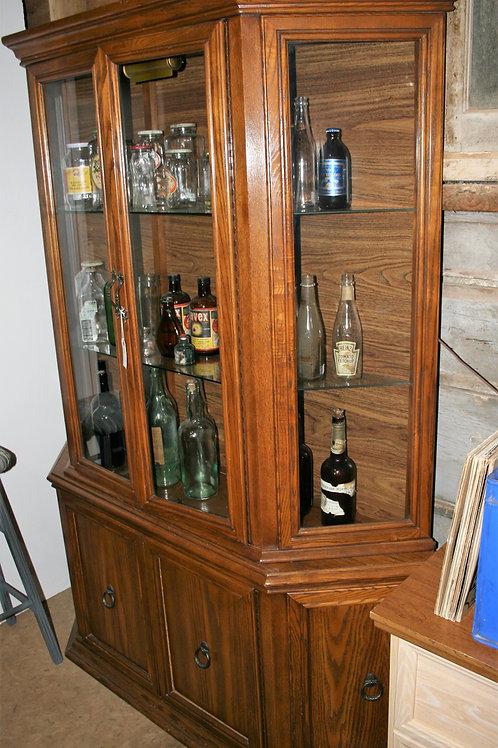 Oak China Cabinet/Curio Cabinet