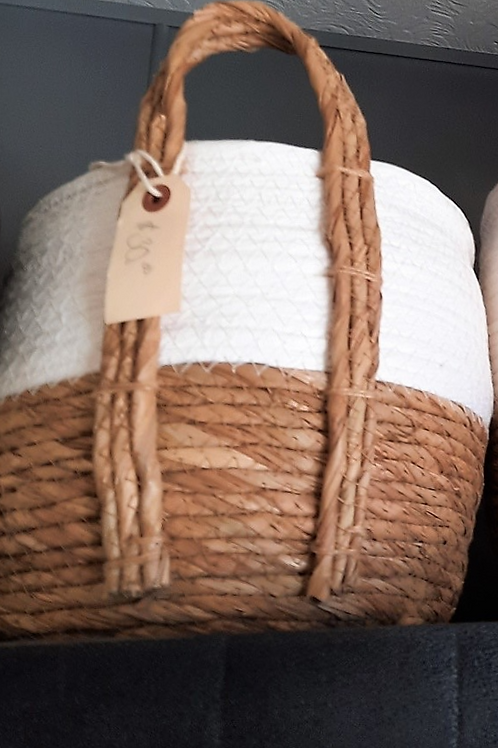 White/Natural Straw Baskets - Small