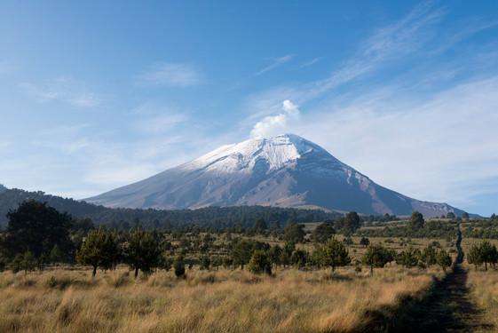 National Park Iztaccíhuatl- Popocatépetl