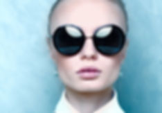 แว่นตา สายตาและแว่นกันแดด เทรนด์ล่าสุดไม่ซ้ำใคร