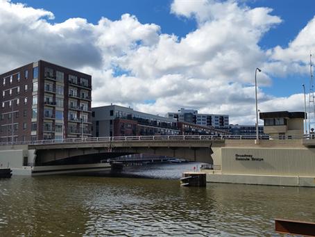 Battle of the Bridge Access