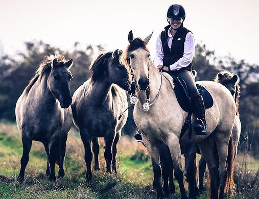 Cath & Horses.jpg