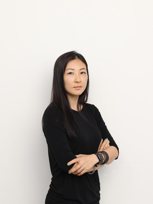 Ms. Hanna Kim