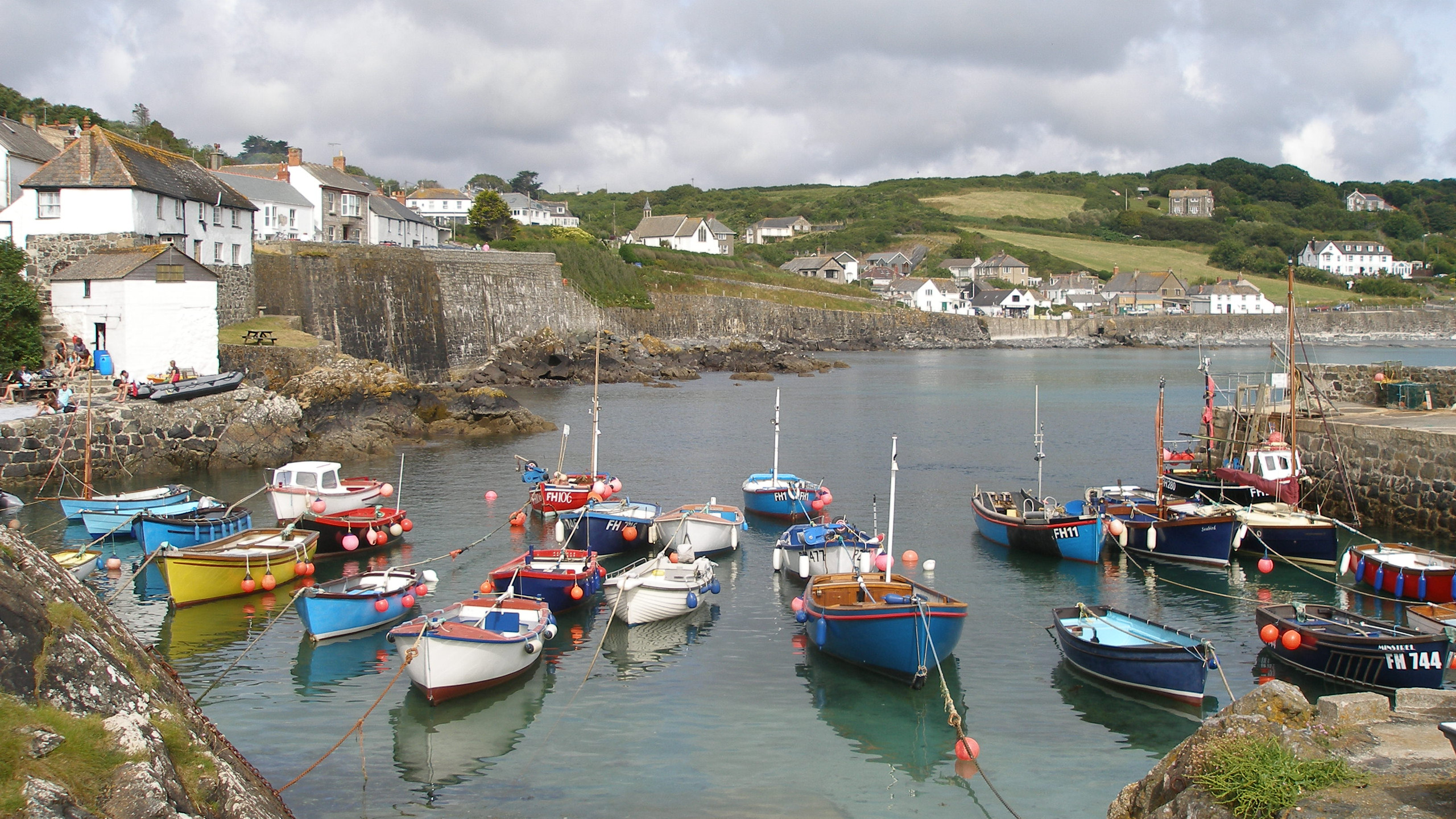 Fishing harbour Cornwall 2016