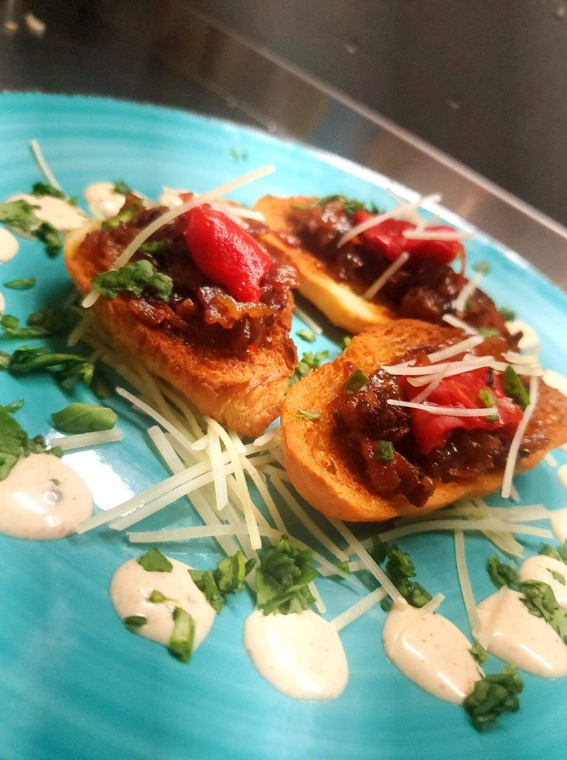 Untamed chef_bacon jam bruschetta