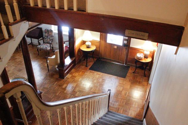 Entrance Foyer 2.jpg