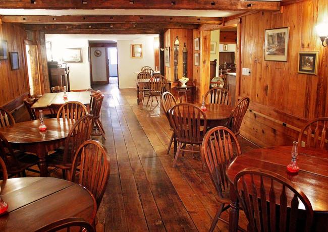 Main Dining Room 5.jpg