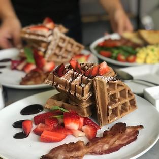 Gourmet Organic cook to order Breakfast!