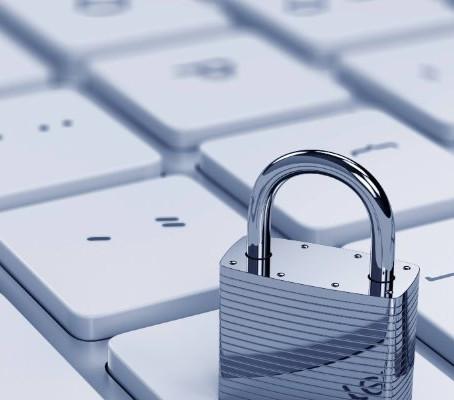 Conheça as diferenças entre segurança de TI e segurança da informação.