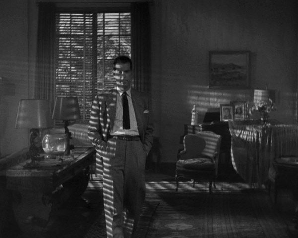 double-indemnity-legacy-series-edition-20060830022522077_640w.jpg