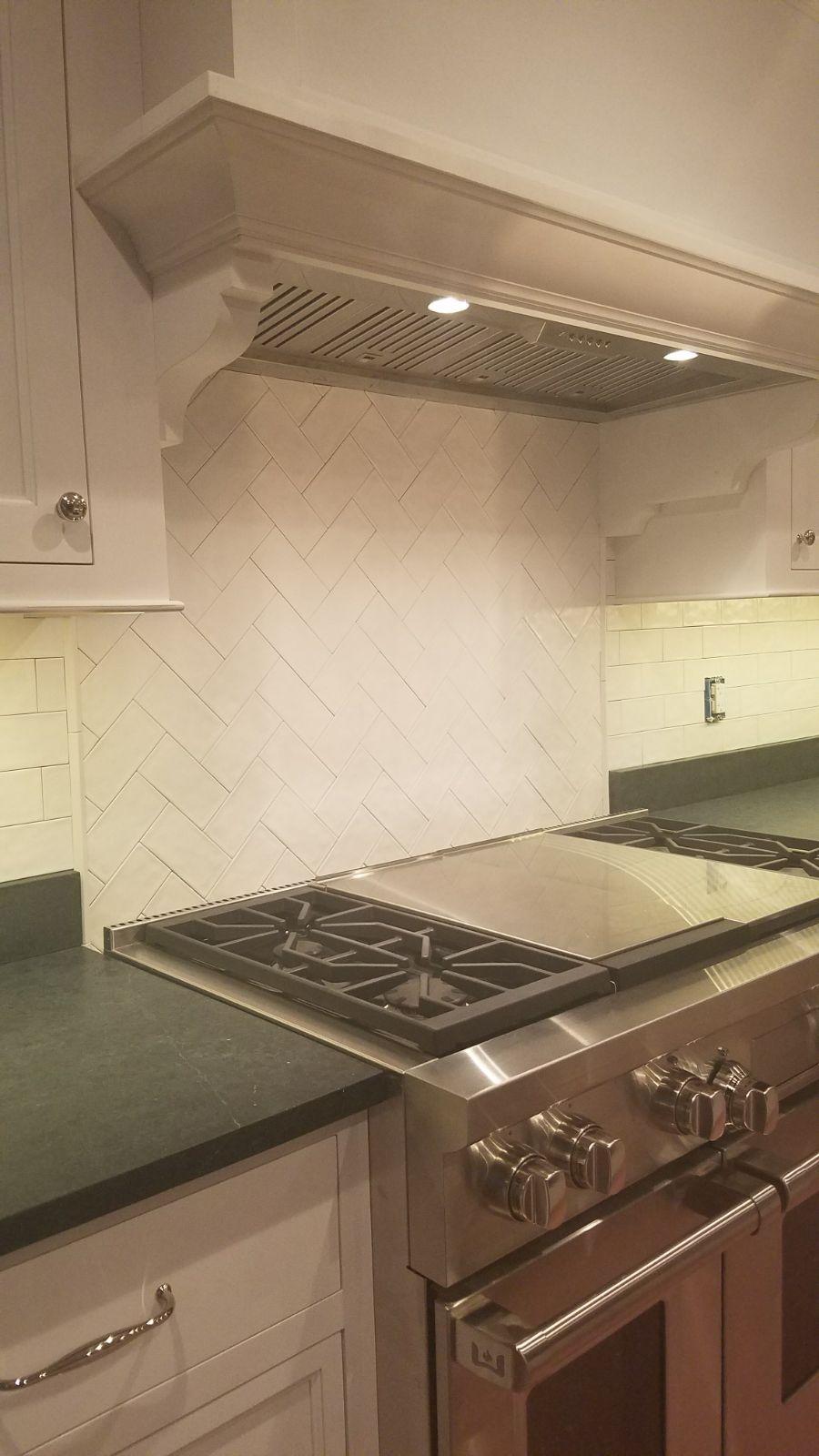 Kitchen 8.19.30 PM.jpeg