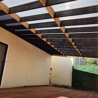 Berard-Carpentry-pergola-and-decking.jpg