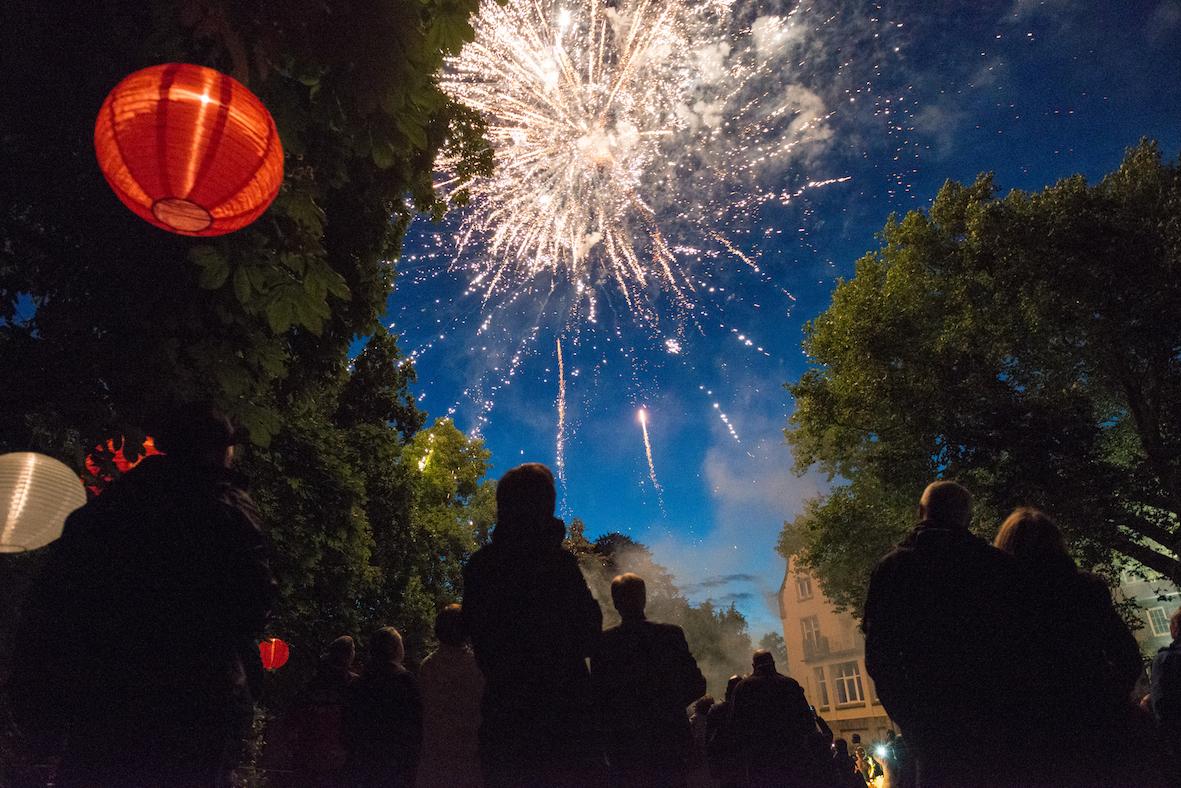 Feuerwerk Uni-Mittsommernacht
