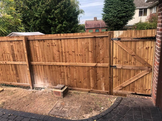 Fence and gate in bromsgrove