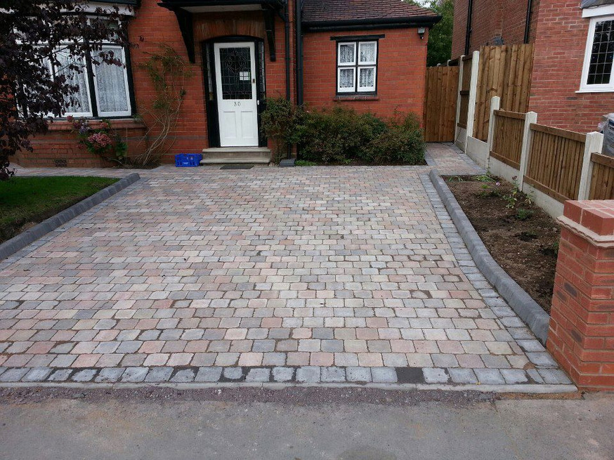 Paved driveway in Stourbridge West Midlands