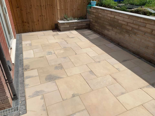 Romsley landscaping patio design