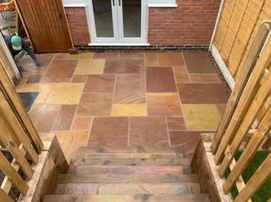 Slab patio in clent