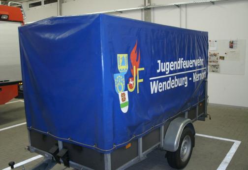 Anhaenger_links.JPG